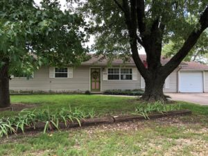 1542 Donna Place, Neosho MO 64850