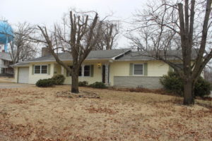 218 W North Street, Neosho, MO 64850