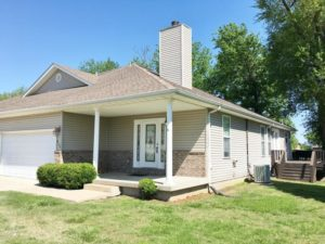 913 Briarview Drive, Carl Junction, MO 64834 (Duplex)