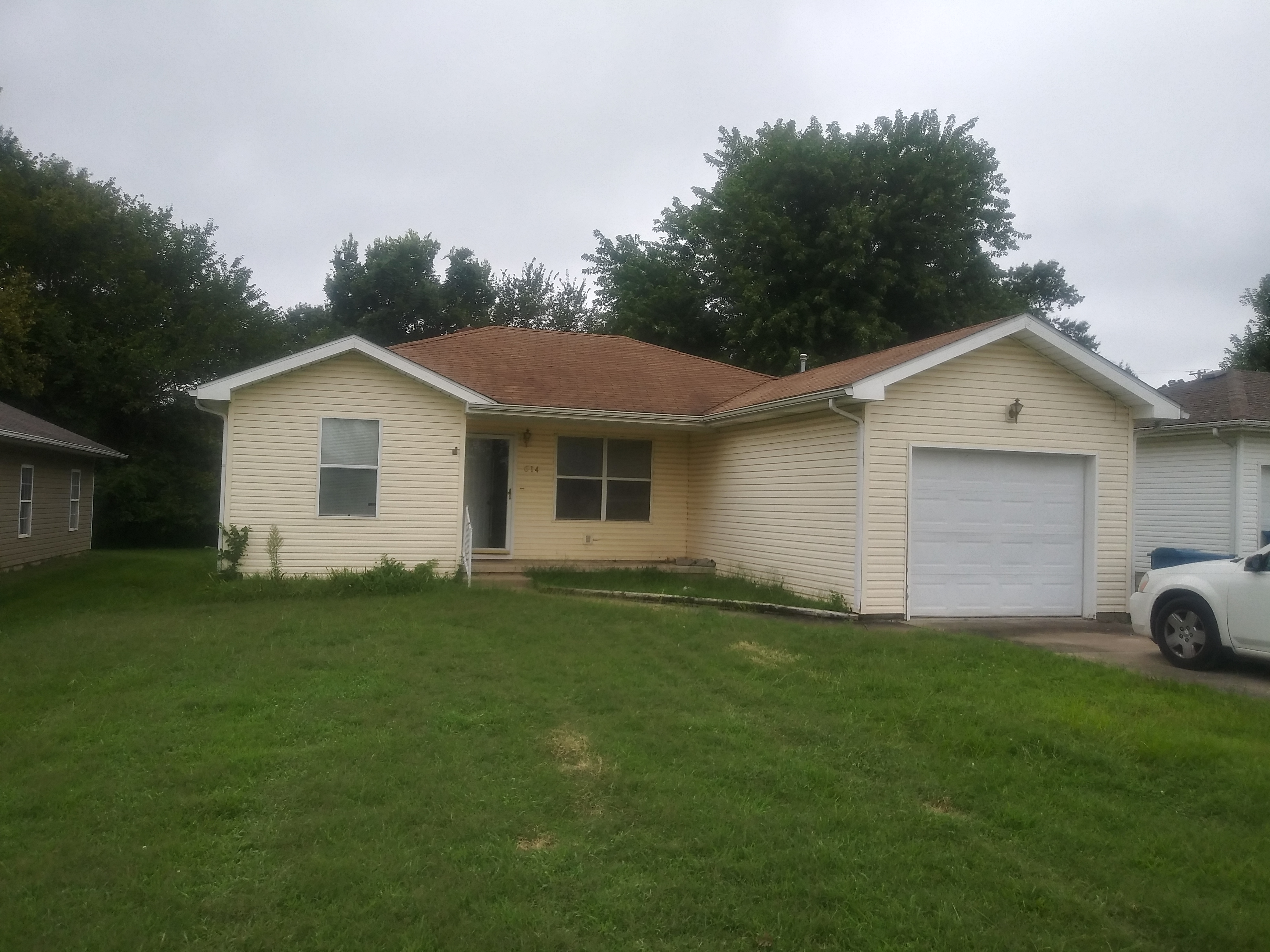 614 Valley View, Carl Junction, MO 64834